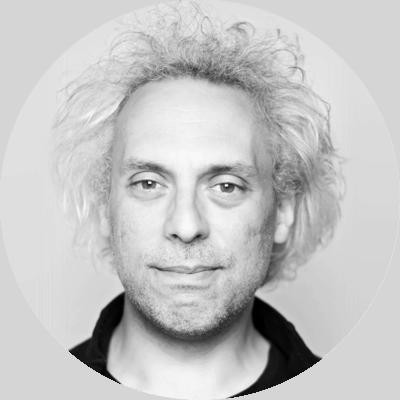 Stephan Kleinert ist Senior iOS Developer bei TheAppGuys GmbH. TheAppGuys sind eine Agentur für iOS und Android Entwicklung aus Köln.